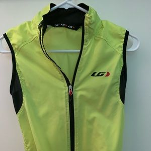 High Vis cycling vest